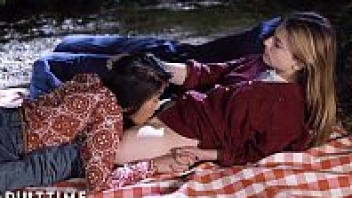 เลียหี เลสเบี้ยน18+ เย็ดในสวน เย็ดเลสเบี้ยน เย็ดหญิง เบิร์นหี หนังโป๊วัยรุ่น